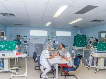 Santa Mônica isola UTI Neontal para internar 14 bebês diagnosticados com a Covid-19