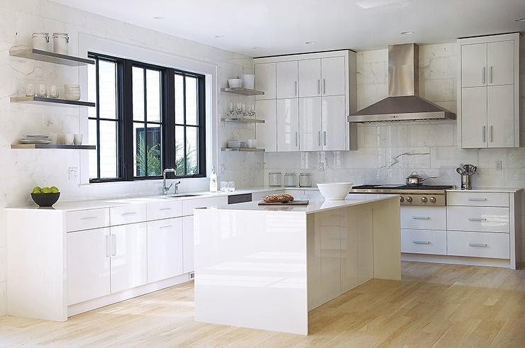 White Lacquered Kitchen Cabinets - Modern - Kitchen