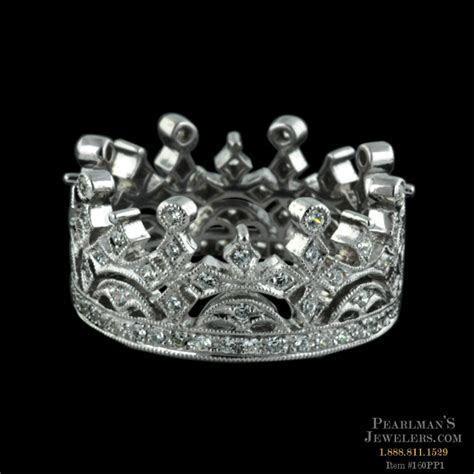 Beverley K 18kt White Gold Diamond Crown Wedding Band