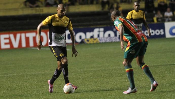 Cricúma x Sampaio Corrêa Maicon Silva (Foto: Fernando Ribeiro/Criciúma EC)