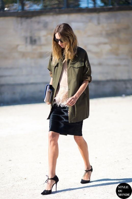 8 Le Fashion Blog 15 Ways To Wear A Green Army Jacket Street Style Candela Novembre Feather Skirt Via Style Du Monde photo 8-Le-Fashion-Blog-15-Ways-To-Wear-A-Green-Army-Jacket-Street-Style-Candela-Novembre-Feather-Skirt-Via-Style-Du-Monde.jpg