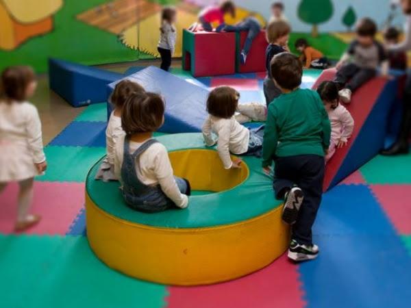 Στον «αέρα» οι δωρεάν παιδικοί σταθμοί μέσω ΕΣΠΑ;