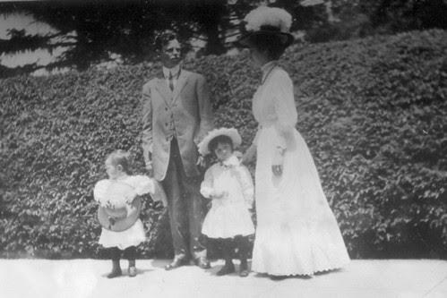 Lance, AP, Elizabeth & Mabel Holly