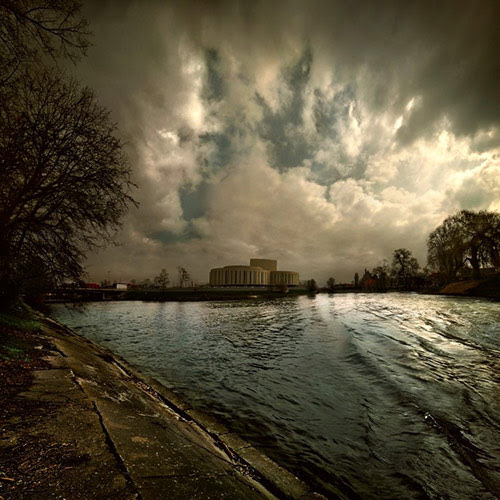 opera nova panorama in 22 Impressive Examples of Dark Photography