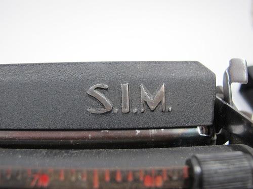 S.I.M. portable typewriter