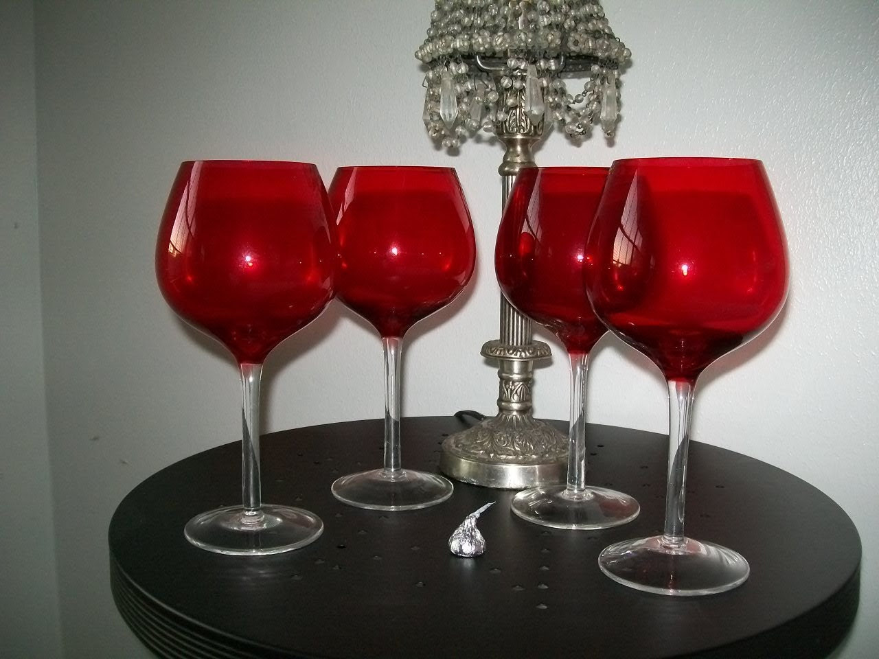 Beautiful Valentine Wedding Party Ruby Red and Clear Long Stem Wine Glasses Garnet