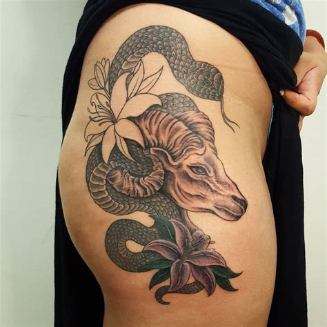 hip tattoo designs meanings girls