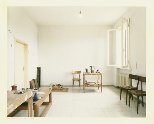 a-ppunti:Luigi Ghirri, Atelier Morandi, Grizzana, 1989-90source