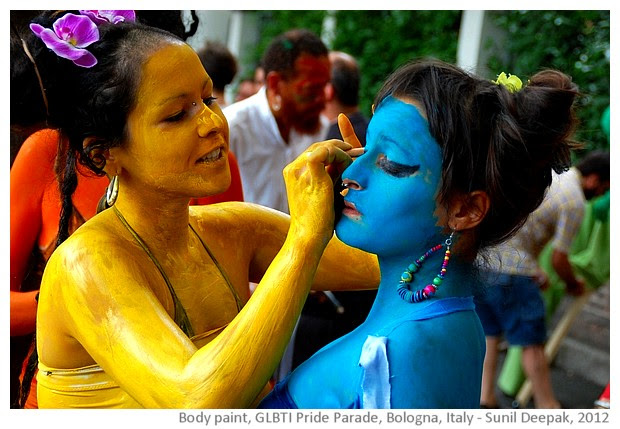 Painted bodies, cultural events, Bologna Italy - images by Sunil Deepak 2005-2013