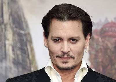 """O Depp não quer ser """"mau"""" e tenta limpar sua imagem."""