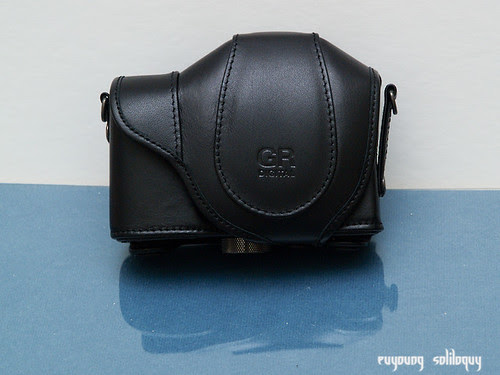Ricoh_GRD3_Accessories_10 (by euyoung)