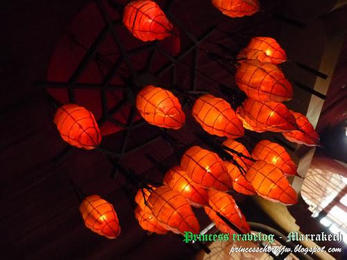 Crystal lounge lamp