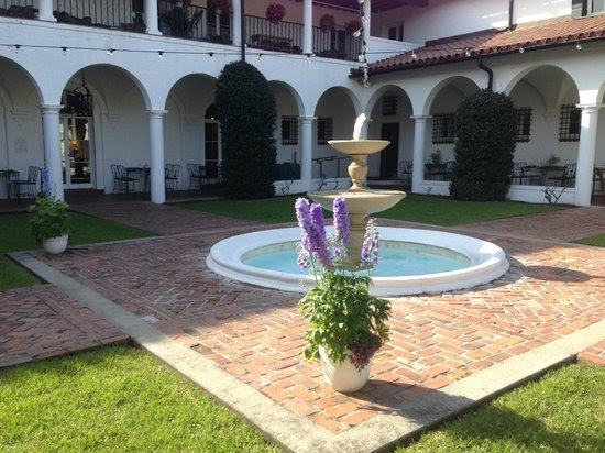Photos of Courtyard at Crane, Jekyll Island