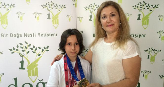 Emine Göğebakan ve Zeynep Taşkın, Avrupa Şampiyonu olarak tarih yazdılar.
