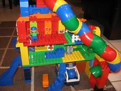 Ball chute tunnel supermarket police kids room house