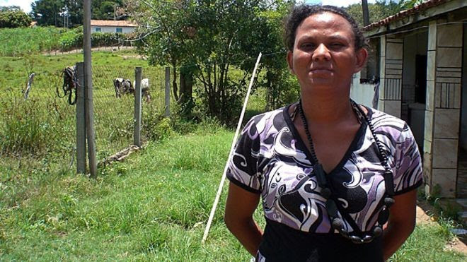 Marisa passou parte da infância sem saber que sofria de analgesia congênita (Foto: BBC)