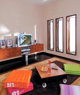 620 Gambar Desain Ruang Tamu Lesehan Sederhana HD Terbaik Download Gratis