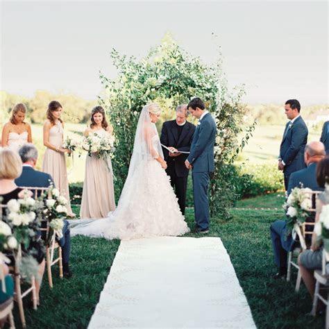 How to Hire a Wedding Officiant   Martha Stewart Weddings