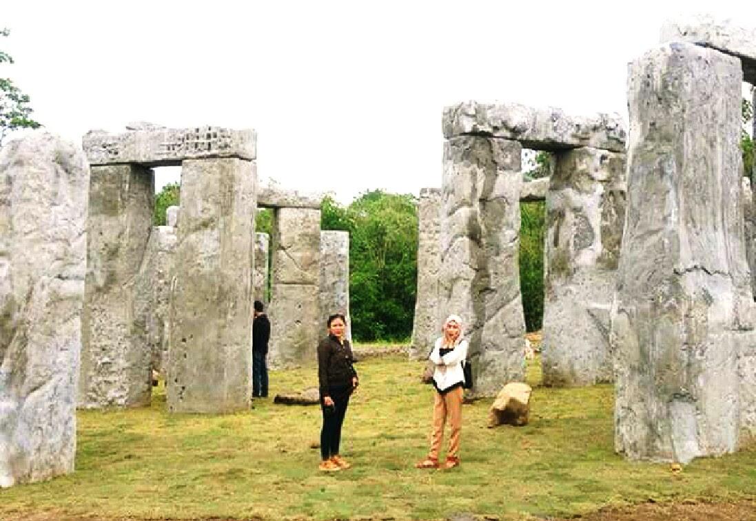 Harga Tiket Masuk Dan Lokasi Stonehenge Cangkringan Spot