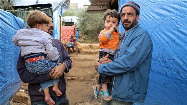 Des réfugiés syriens dans un camp au Liban