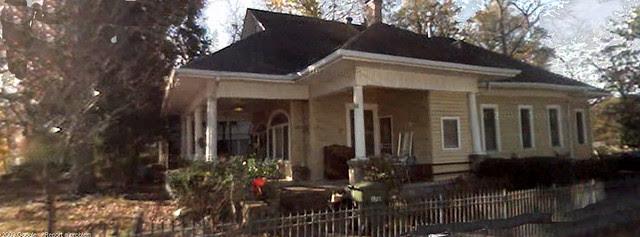 Whiteford-Burn-Street-North-Facade-Porches