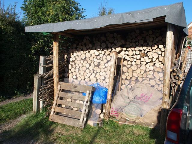DSC_8992 Full firewood store
