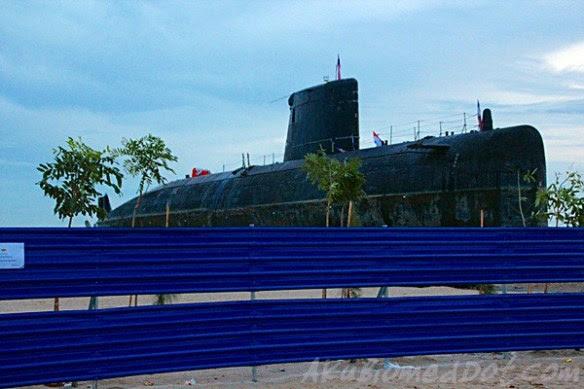 Skodeng kapal selam timbul di Pantai Klebang