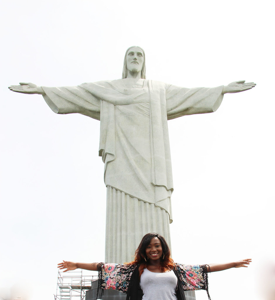 Christ the redeemer, rio, day trip, fashion, travel blogger