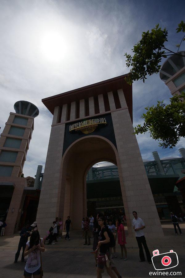 GOING-INTO-UNIVERSAL-STUDIOS-SINGAPORE-4