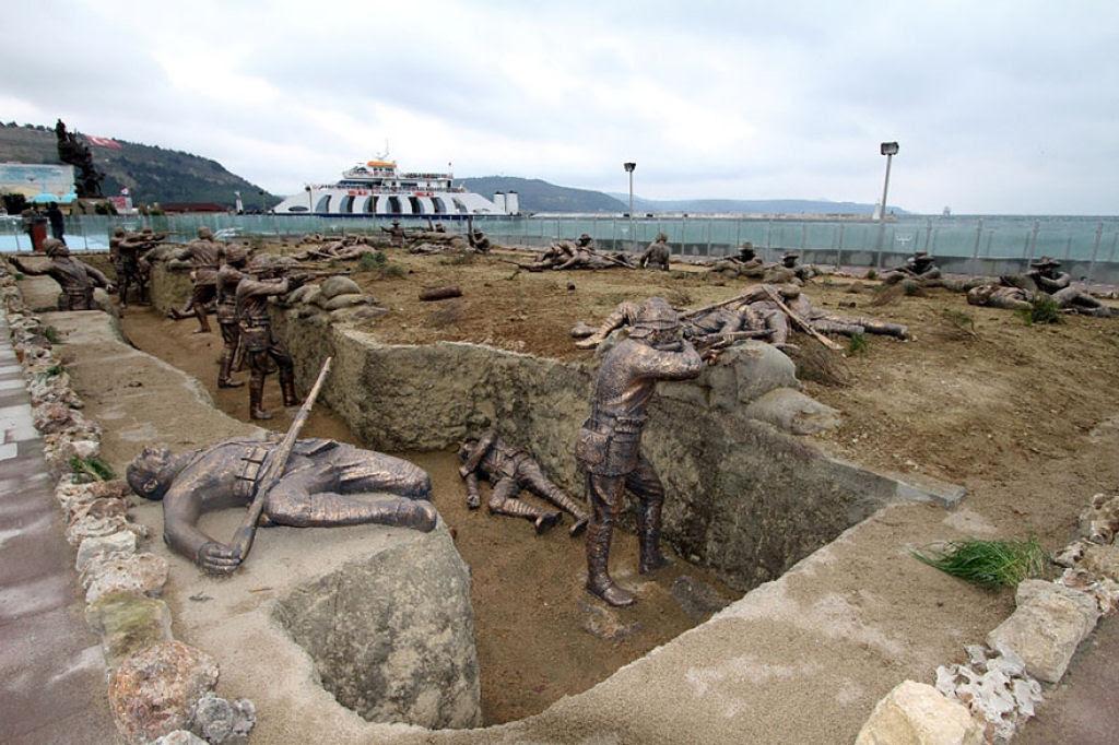 25 esculturas e estátuas criativas de todo o mundo 21