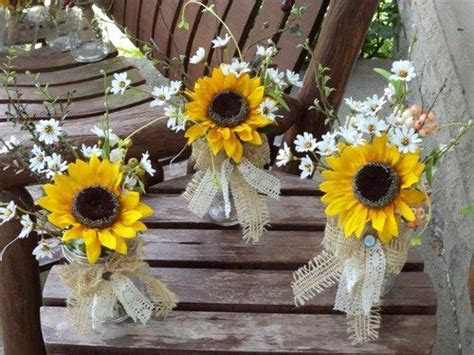 Best 25  Rustic sunflower centerpieces ideas only on Pinterest