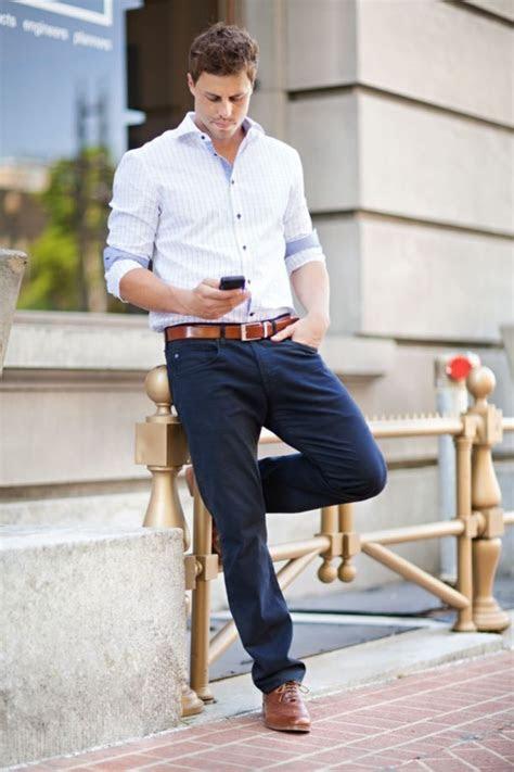 What Should A Man Wear To Match A Navy Dress