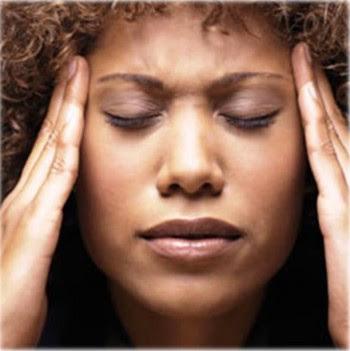 4. Severe Headaches e1316539465348 10 Dengue Fever Symptoms