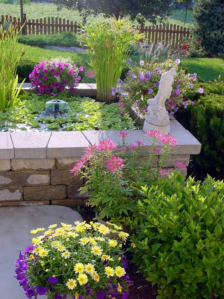 Simple water features for backyard