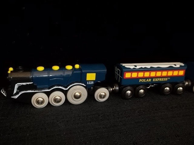 Montreno Choice Brio Polar Express Wood Train