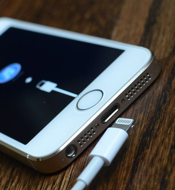 Lightning cable iPhone