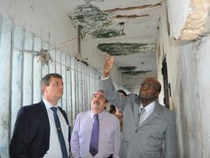 Ministro verificou o interior do pavilhão 2 de Alcaçuz (Foto: Tasso Pinheiro/TJRN)