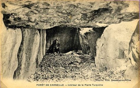 A MURDER, BOMBING AND EXCURSION AMONG DOLMENS Duncan
