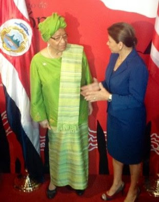 La Presidenta Laura Chinchilla, se reunió con su homóloga de Liberia, Ellen Johnson Sirleaf. Foto CRH.
