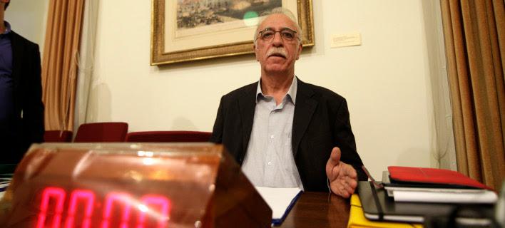 Χαμός στη Βουλή από την δημοσιοποίηση της συμφωνίας του Φεβρουαρίου που υπέγραψε ο Βαρουφάκης