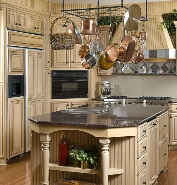 Can White Kitchen Cabinets Be Repainted: Repainted Antique White Kitchen Cabinets