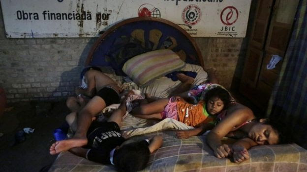 Paraguay floods displaced at temporary shelter