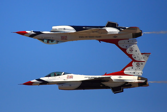 IMG_3137 Thunderbirds, Travis AFB Air Show, CA