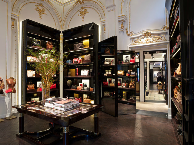 Carolina Herrera, Paris Boutique, 10 rue de Castiglione © david atlan / Carolina Herrera