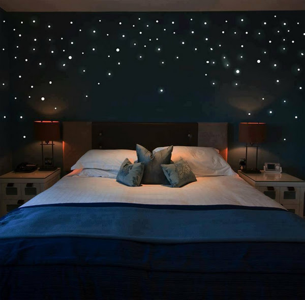 10 Cozy And Dreamy Bedroom With Galaxy Themes | HomeMydesign