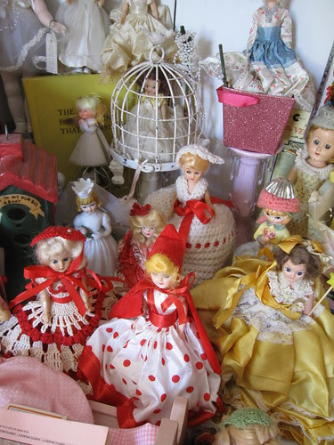 The Dolls in the Curiosity Cabinet! 22