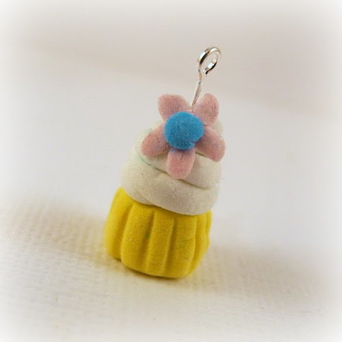 Tiny Cupcake charm