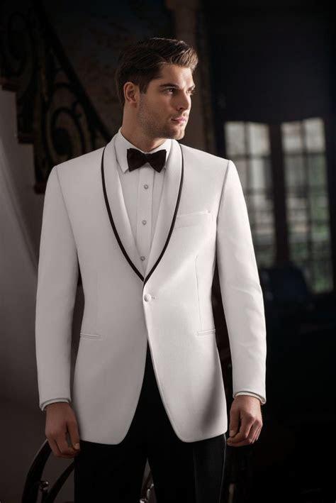 Rent the White Waverly Tuxedo By Ike Behar®   Dinner