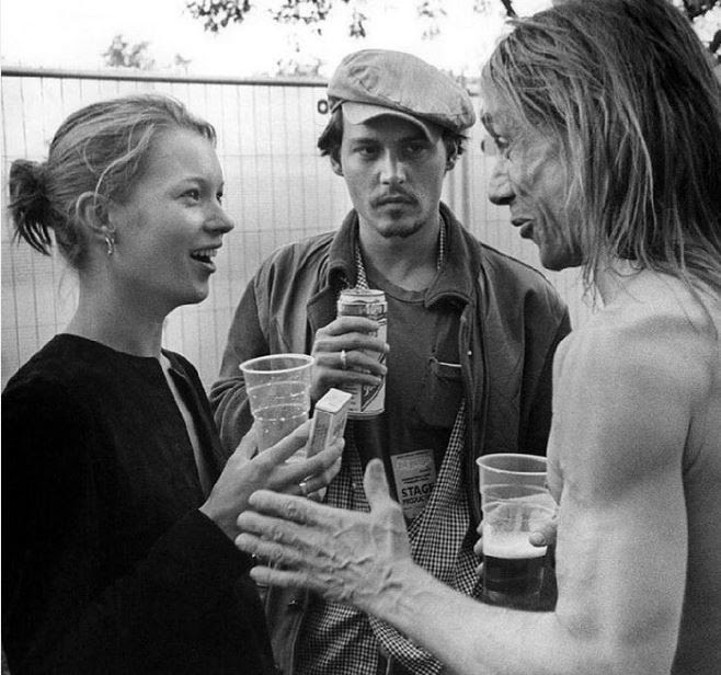 Kate Moss e Depp (Foto: Reprodução/Instagram)