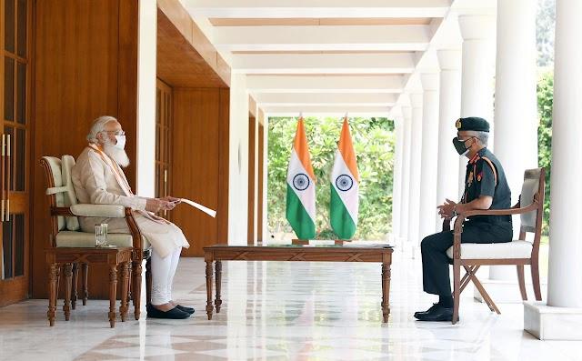 प्रधानमंत्री ने कोविड प्रबंधन के लिए सेना की तैयारियों और पहलों की समीक्षा की